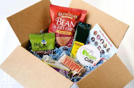 Vegan-Cuts-Snack-Box-1